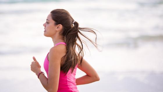 Hyvä juoksutekniikka helpottaa juoksua huomattavasti ja tekee siitä taloudellisempaa. Lue kolme tärkeintä pointtia.