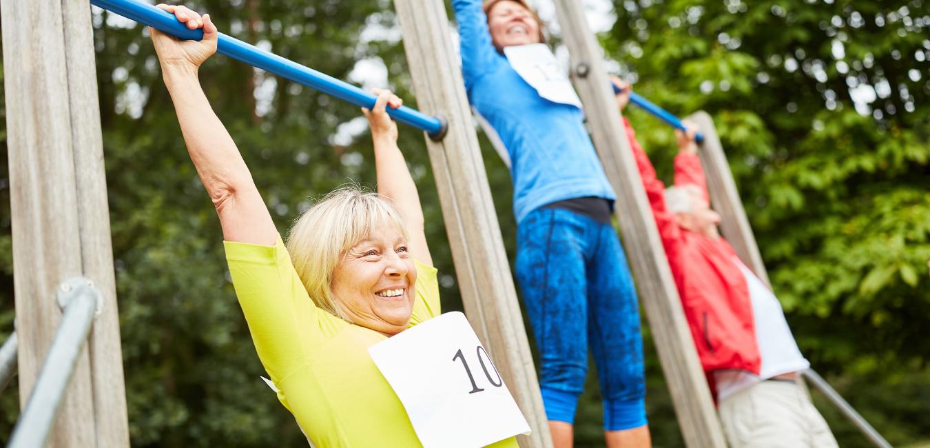 Rohkaisevia sanoja lihaskuntoharjoittelun aloittamiseen 50+ naisille