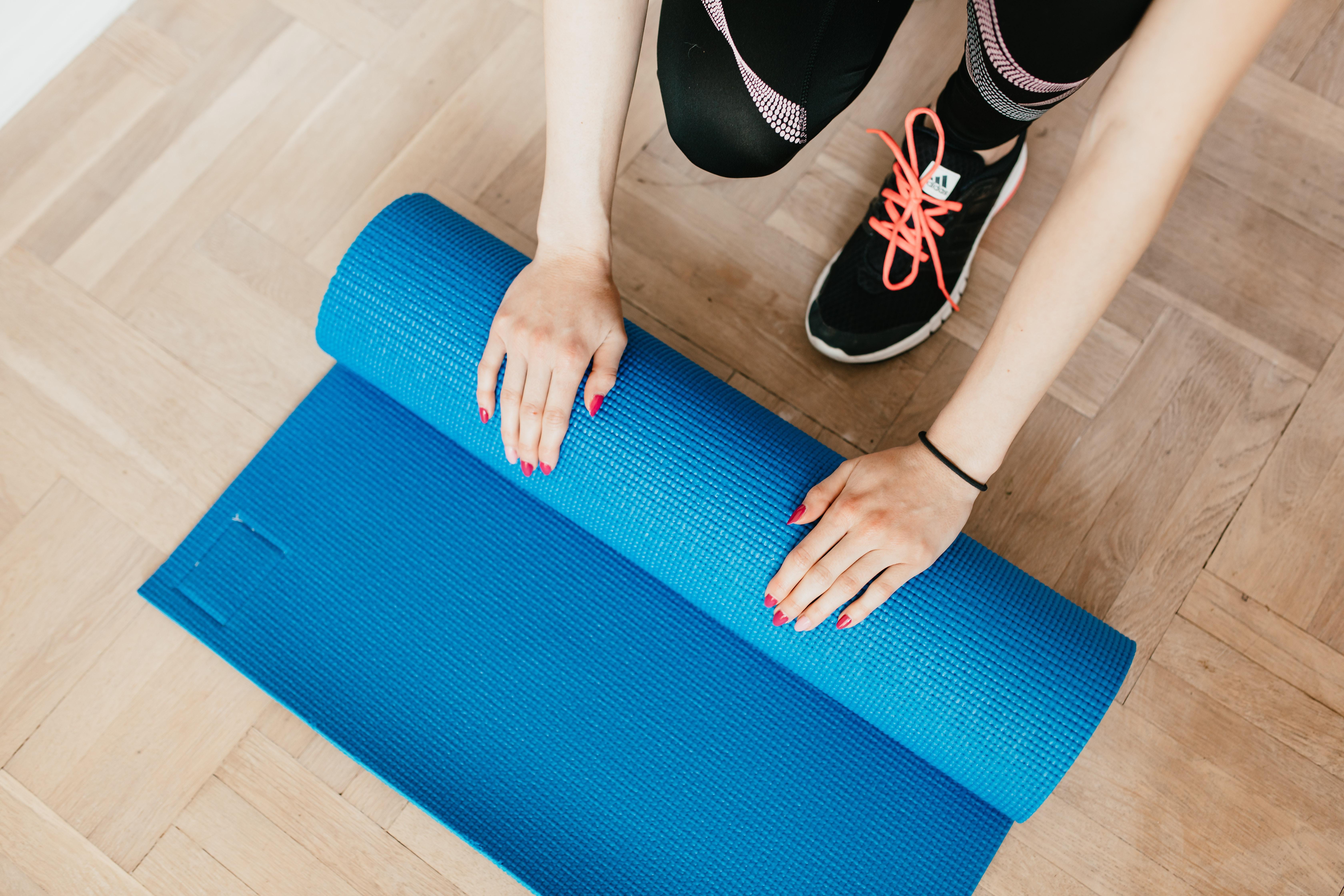 Uusien rutiinien luominen – liikunta rutiiniksi kolmen liikkeen jumpilla